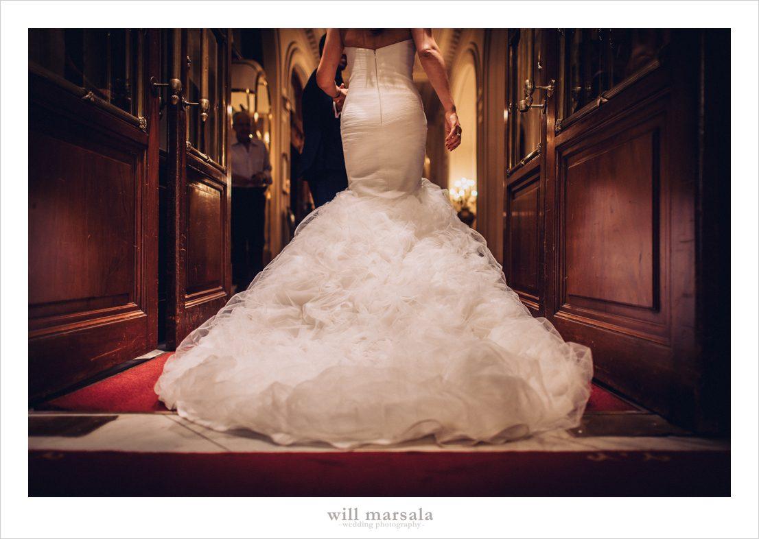 foto del vestido de novia de arancha de la parte trasera